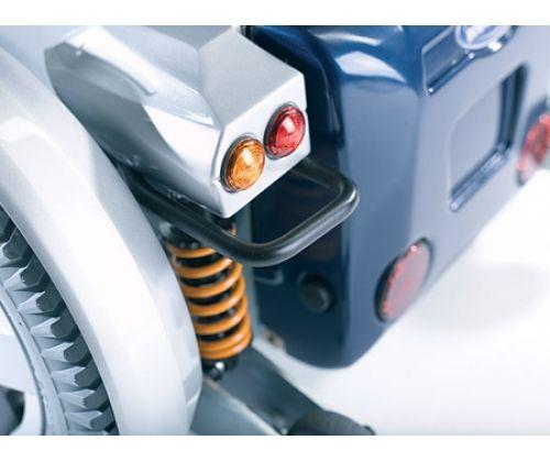 Кресло-коляска для инвалидов с электроприводом Invacare Storm