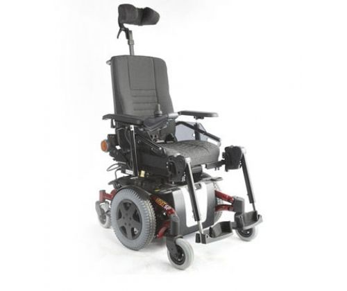 Кресло-коляска для инвалидов с электроприводом Invacare TDX