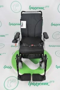 Кресло-коляска для инвалидов с электроприводом Otto Bock B-400